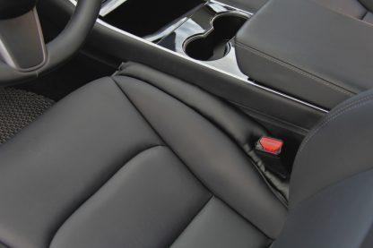 Model 3 seat gap main no logo